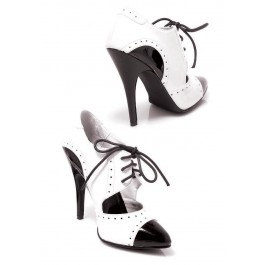 5 Inch Heel Two Tone Closed Toe Oxford Women'S Size Shoe With Cut-Out