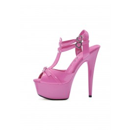"""Charm 6"""" Shoe With Heart Buckle"""