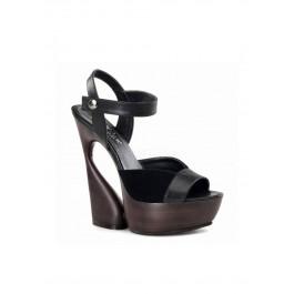 6 Inch Sculptured Heel, 1 3/4 Inch Platform